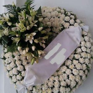 Picture of Funeral Wreath 014