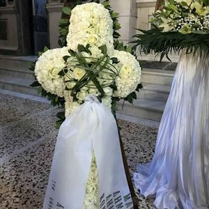 Picture of Funeral Wreath 021