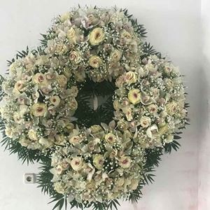 Picture of Funeral Wreath 001