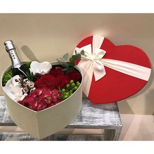 Picture of Heart Box Champagne